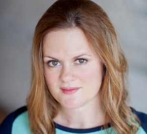 Amanda White headshot